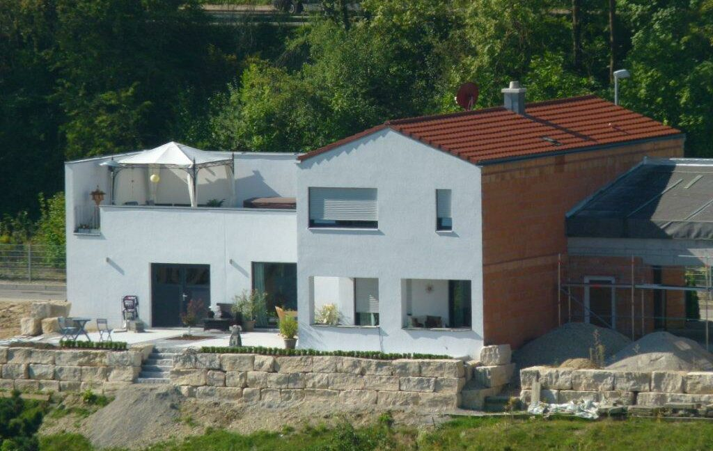 Haus Jophiel-Suedostseite fertig